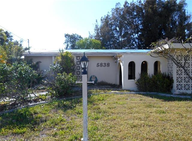 5838 Sw 1st Ct, Cape Coral, FL 33914