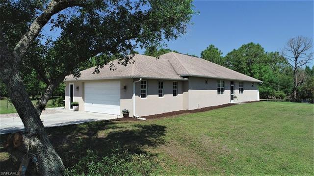 18291 Lynn Rd, North Fort Myers, FL 33917