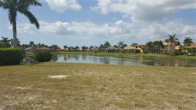 5808 Harbour Cir, Cape Coral, FL 33914