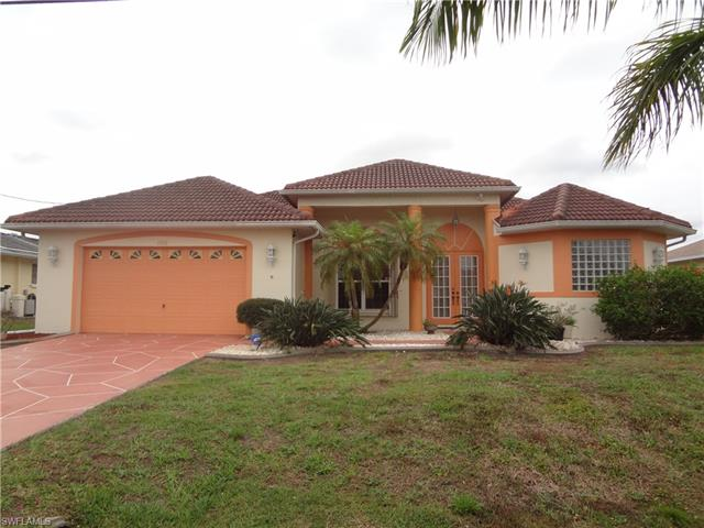 1226 Se 20th St, Cape Coral, FL 33990