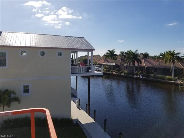 5870 Shell Cove Dr, Cape Coral, FL 33914