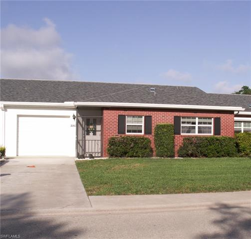 6926 Edgewater Cir, Fort Myers, FL 33919