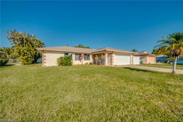 6402 Bethany Ave, Fort Myers, FL 33919