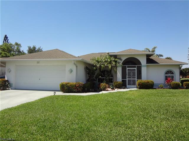 826 Se 4th Pl, Cape Coral, FL 33990
