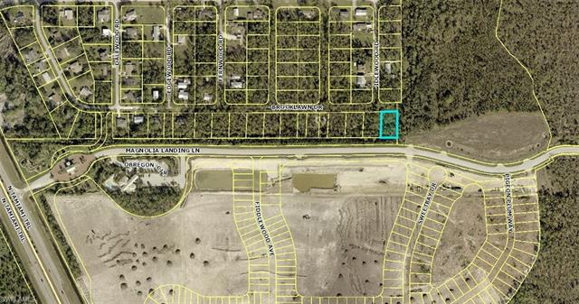 2400 Brooklawn Dr, North Fort Myers, FL 33917