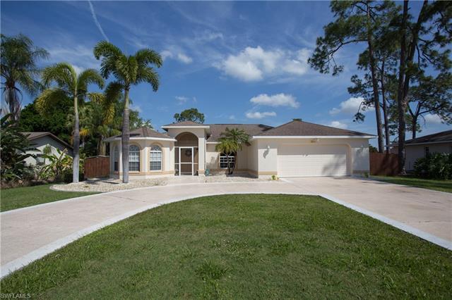 2211 Crystal Dr, Fort Myers, FL 33907