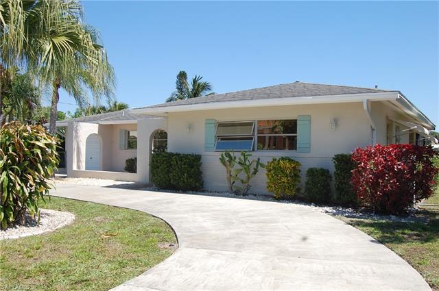 5133 Santa Rosa Ct, Cape Coral, FL 33904