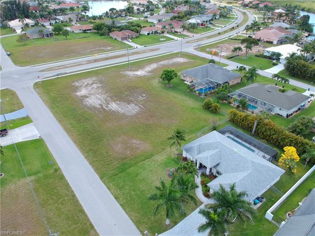 3010 Sw 29th Pl, Cape Coral, FL 33914