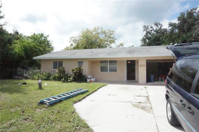 186 Dawson Dr, North Fort Myers, FL 33917