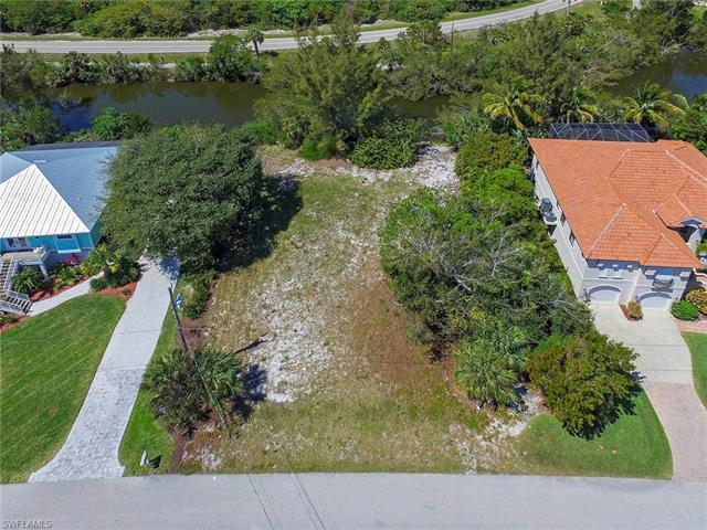 1303 Par View Dr, Sanibel, FL 33957