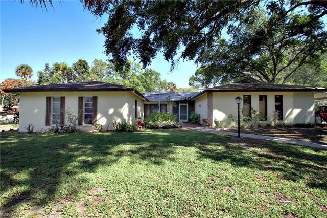 101 Little Grove Ln, North Fort Myers, FL 33917