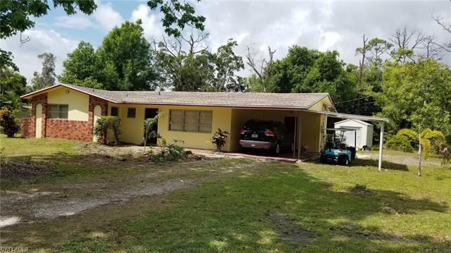 4040 Woodbrier Dr, Fort Myers, FL 33905