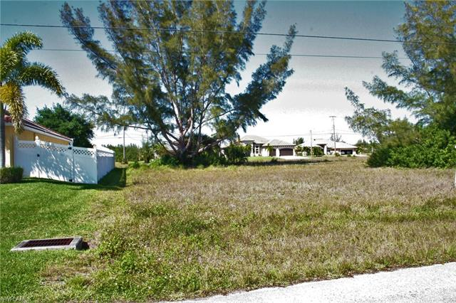4217 Nw 20th St, Cape Coral, FL 33993