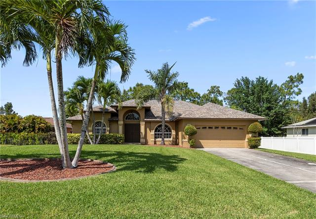 6633 Dabney St, Fort Myers, FL 33966