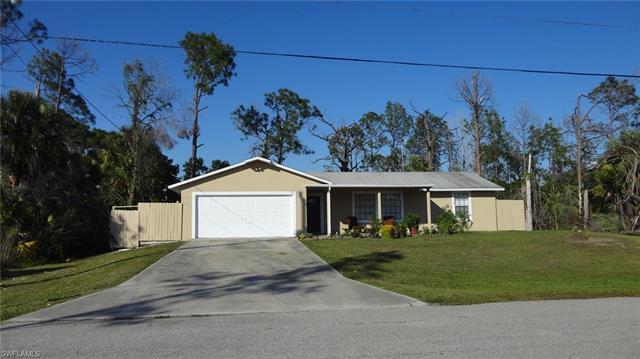 2710 Rena Ln, Lehigh Acres, FL 33971