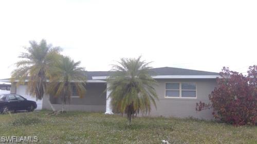 405 E Jasmine Rd, Lehigh Acres, FL 33936