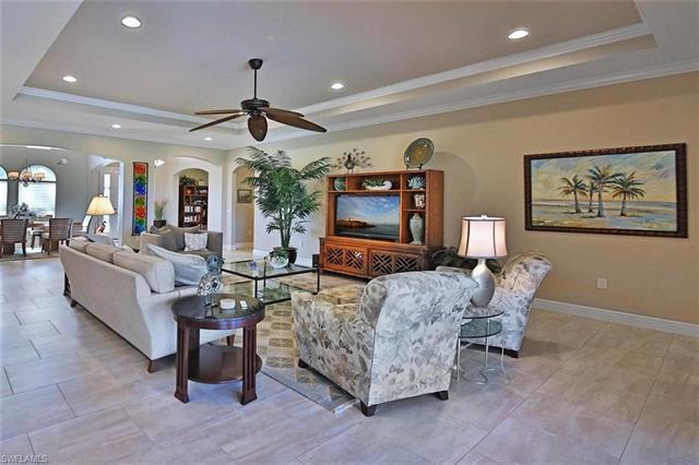 10533 Azzurra Dr, Fort Myers, FL 33913
