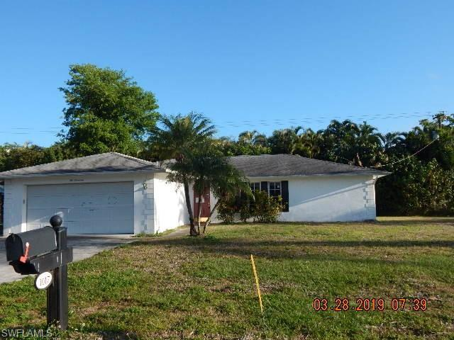 1017 N Town And River Dr, Fort Myers, FL 33919