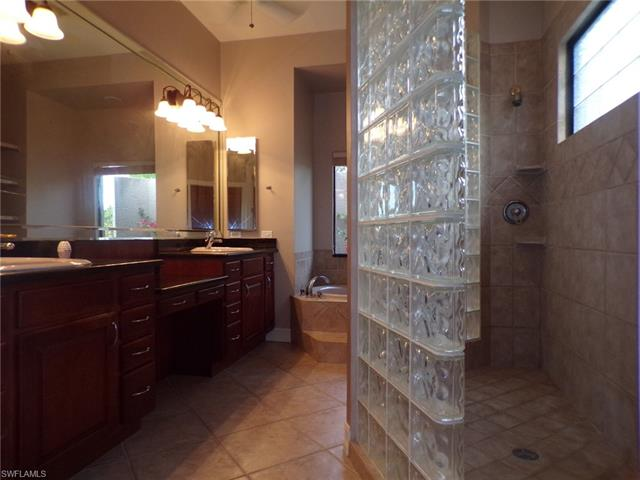 8970 Abbotsford Ter, Fort Myers, FL 33912