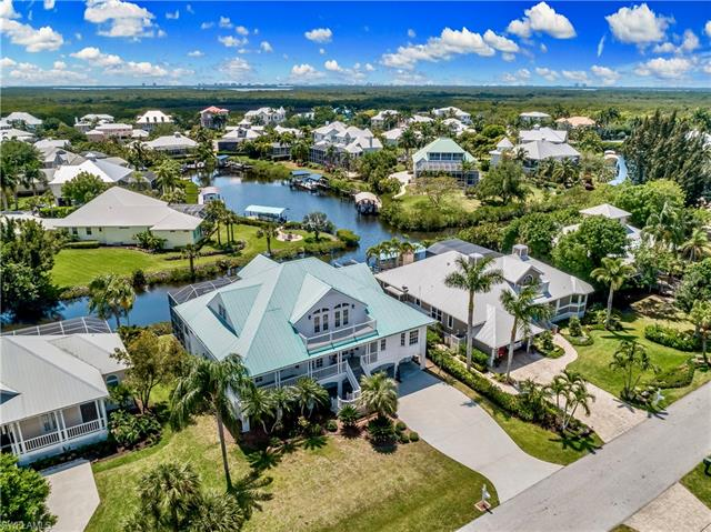 6337 Cocos Dr, Fort Myers, FL 33908