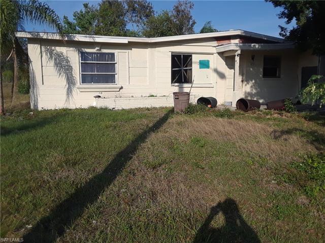 1153 Cherokee Ave, Lehigh Acres, FL 33936