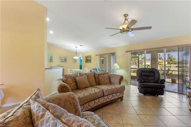 2521 Nw 24th St, Cape Coral, FL 33993