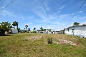 3910 George Sawyer Ln, St. James City, FL 33956