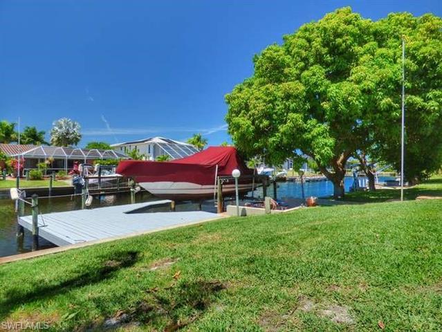 4922 Sorrento Ct, Cape Coral, FL 33904
