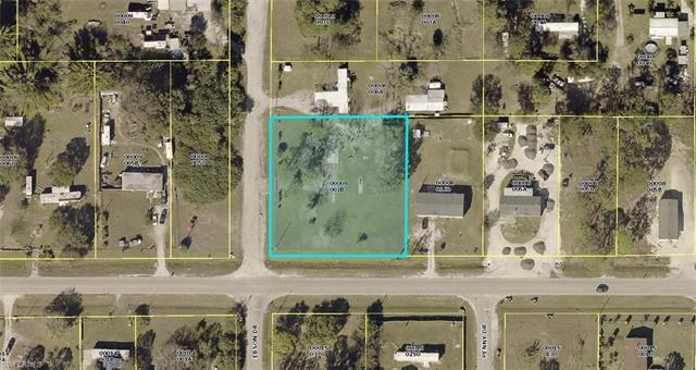 8427 Ebson Dr, North Fort Myers, FL 33917