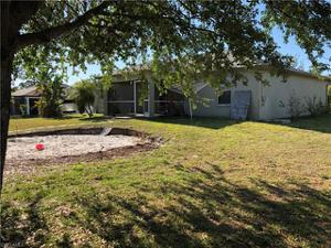 2301 Sw 22nd Ter, Cape Coral, FL 33991
