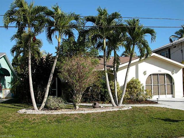 2781 Bruce St, Matlacha, FL 33993