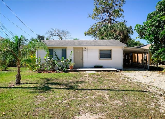 4725 Spring Creek Dr, Bonita Springs, FL 34134