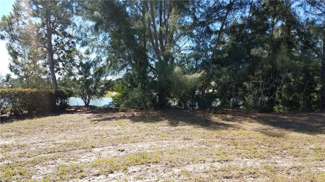 3305 8th Ave, St. James City, FL 33956