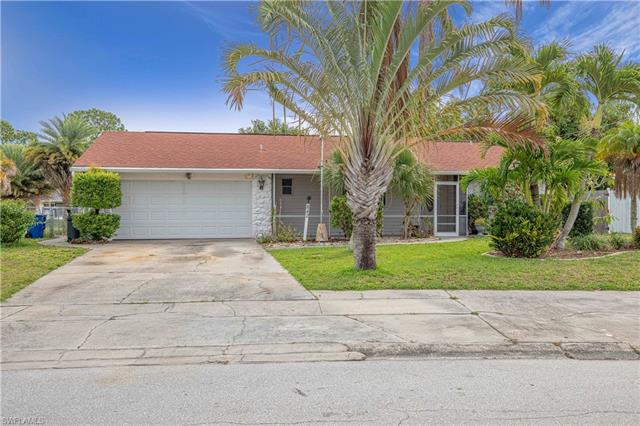 842 Hydrangea Dr, North Fort Myers, FL 33903