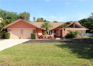 6601 Highland Pines Cir, Fort Myers, FL 33966