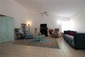 6601 Highland Pines Cir, Fort Myers, FL 33966