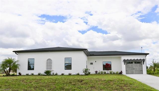 2501 12th St Sw, Lehigh Acres, FL 33976