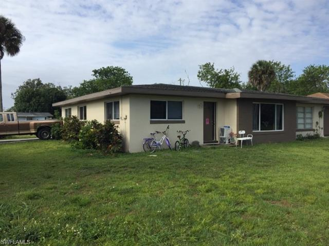 1557 / 1559 Brown Rd, Fort Myers, FL 33903