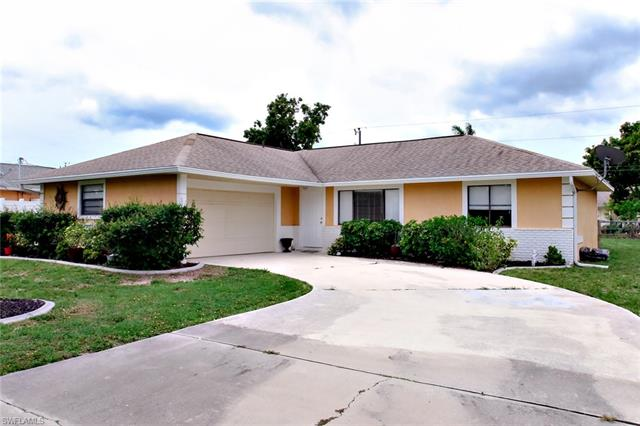 1126 Se 22nd Ter, Cape Coral, FL 33990