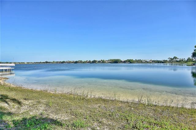 5090 Harborage Dr, Fort Myers, FL 33908