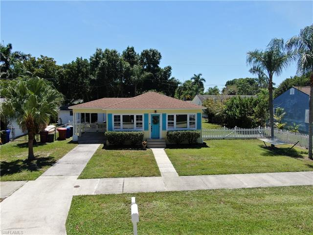 1520 Paloma Dr, Fort Myers, FL 33901