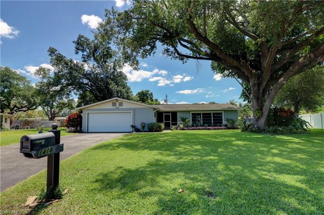 1418 San Roberto Cir, Fort Myers, FL 33901