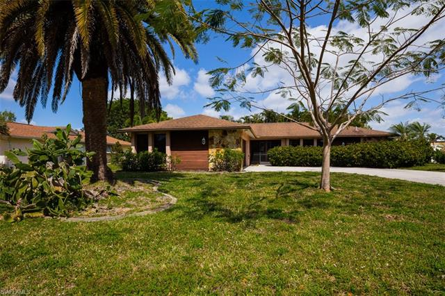 3563 Knollwood Rd, Fort Myers, FL 33919