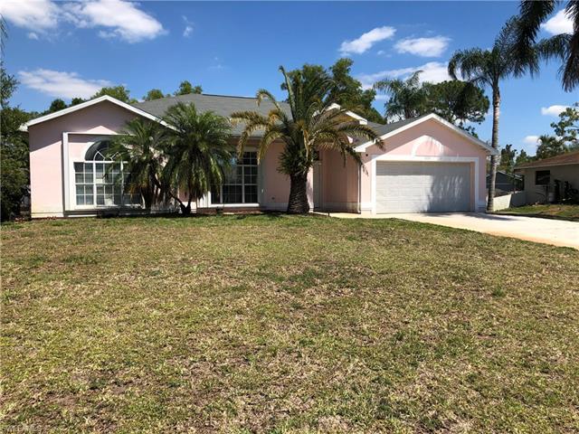 18183 Phlox Dr, Fort Myers, FL 33967