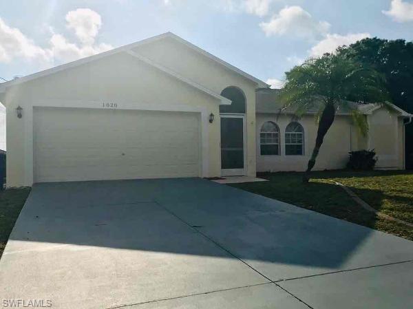 1020 Adeline Ave, Lehigh Acres, FL 33971