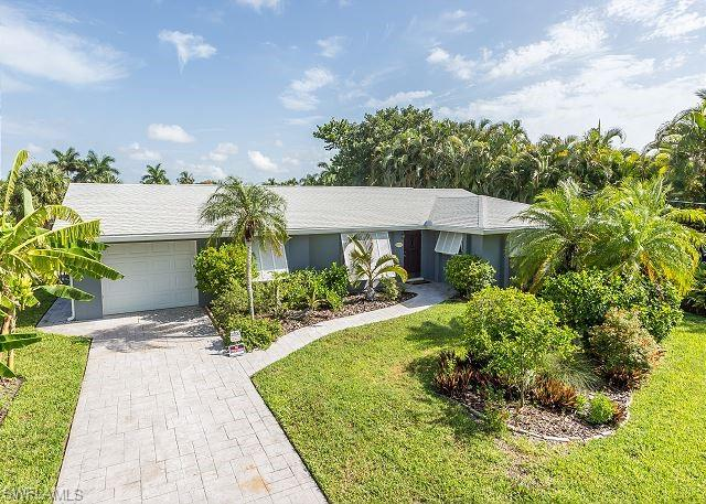 12722 Chatham Dr, Fort Myers, FL 33908
