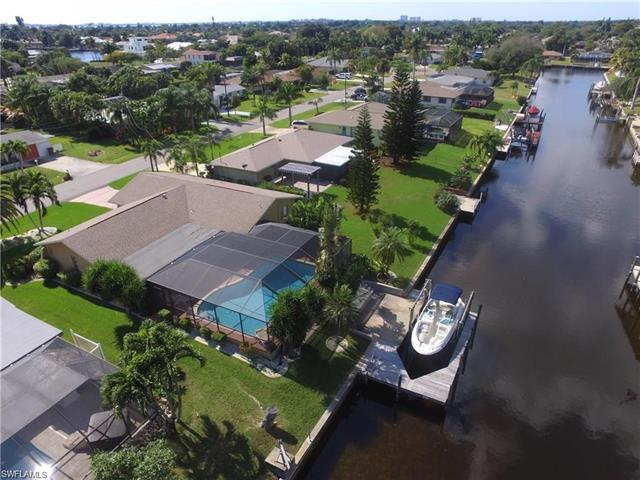 1439 Windsor Ct, Cape Coral, FL 33904