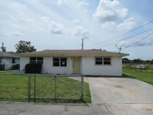 41 Roanoke Dr, Fort Myers, FL 33905
