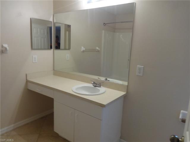 2035 Ne 8th Pl, Cape Coral, FL 33909