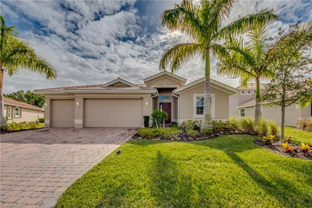 3250 Banyon Hollow Loop, North Fort Myers, FL 33903